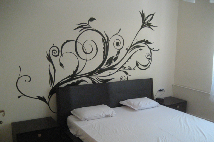 apartament-7-risuvane-spalnq-florali-interior-autline