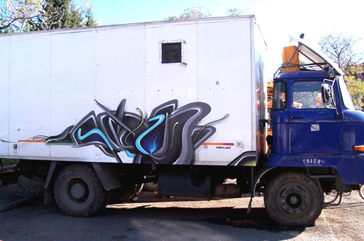 prevozni-sredstva-2-kamion-autline