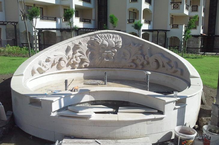 relefi-skulpturi-6-fontan-oasis-resort-lozenetz-autline